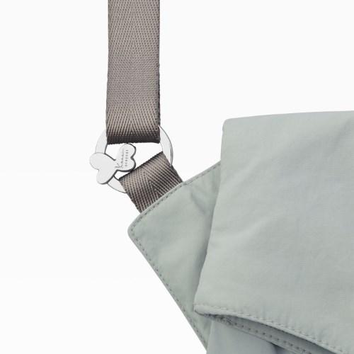≪Kanana project /カナナプロジェクト≫カナナポケット シリーズ☆7inchタブレットサイズ。街歩きに☆縦型ショルダーバッグ   Mサイズ 31812