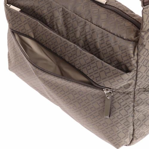 ≪ace. ウィルカール≫ ショルダーバッグ 舟形 ジャガード織りが上品なトラベルシリーズ 54645