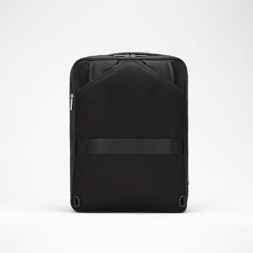 ≪ace./エース≫ ガジェタブル USBポート搭載 バックパック 13リットル B4/15インチPC対応 コンパクト設計のビジネスリュック 55536