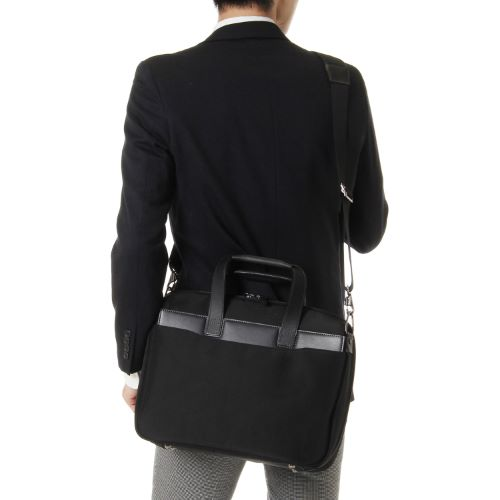 ≪ace. ディバイダー≫毎日の通勤に。コンパクトサイズのビジネスバッグ 30401