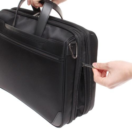 ≪ace. ディバイダーアクシス≫毎日の通勤~出張におすすめビジネスバッグ。 マチ幅広がって容量UP! 30446