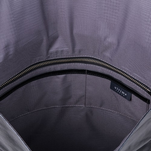 ≪ultima TOKYO/ウルティマ トーキョー≫ ライル 2WAY クラッチバッグ A4サイズ 折りたたんで使える セカンドバッグ 冠婚葬祭にも対応 身の回り品収納に 77823