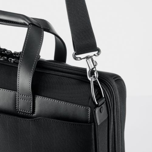 ≪ace. ディバイダー≫毎日の通勤に人気のA4ビジネスバッグ 仕分けに便利な2気室仕様 PC収納 30403