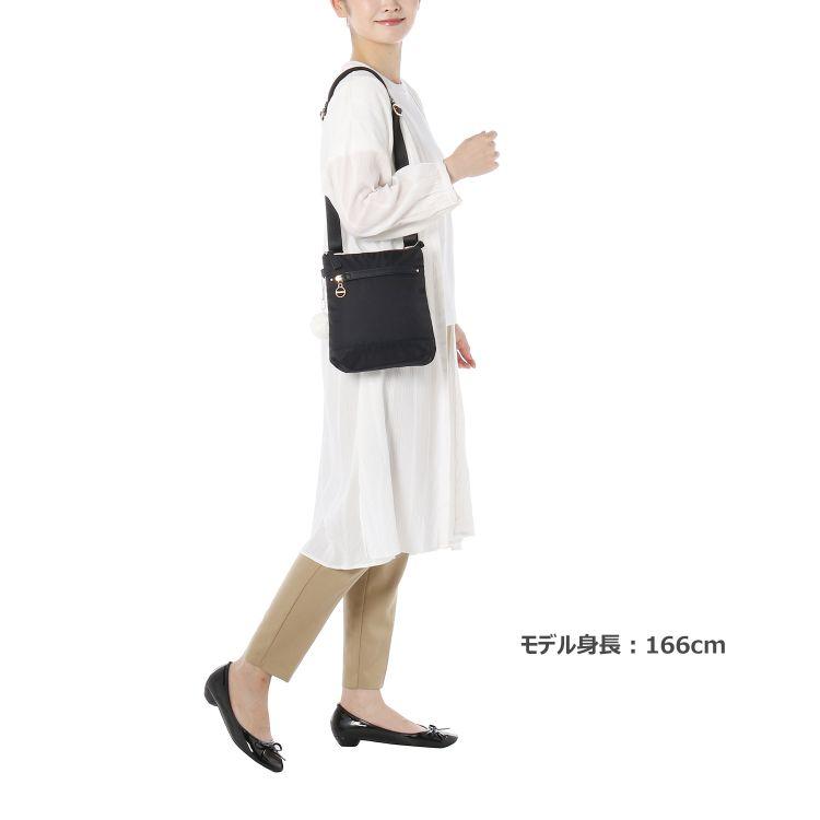≪カナナプロジェクト≫SP-1  2nd  ショルダーバッグ  街歩きに 大き過ぎず女性に使いやすいサイズ  31903