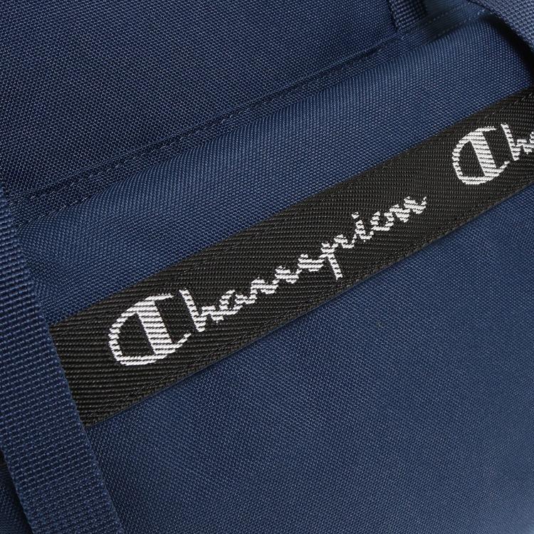 ≪Champion/チャンピオン≫ ヒッコリー バックパック 22リットル フラップタイプ スクリプトロゴのテープ使いがアクセントのリュックサック 55894