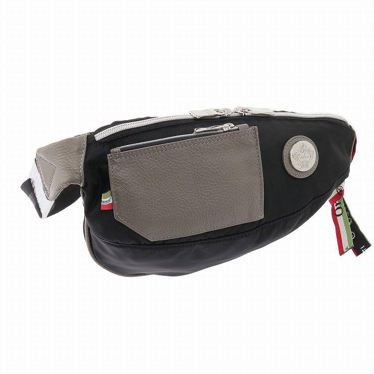 ≪オロビアンコ  GOCCIA PL PLAK2-C 01 (NYLON)≫ ボディバッグ  最小限の機能に落とし込みレザーポケットをあしらったバッグ 90409