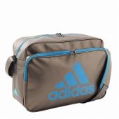 ≪adidas/アディダス≫ 通学用、部活用に。しっかり入る大容量ショルダーバッグ