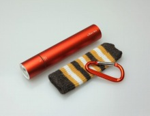 ≪e-kairo Stick≫スティックカイロ 充電式カイロ 充電器 LEDライト オレンジ / 75213-14